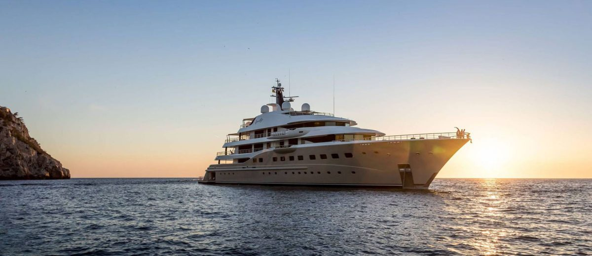 Amels Megayacht / Here Comes The Sun